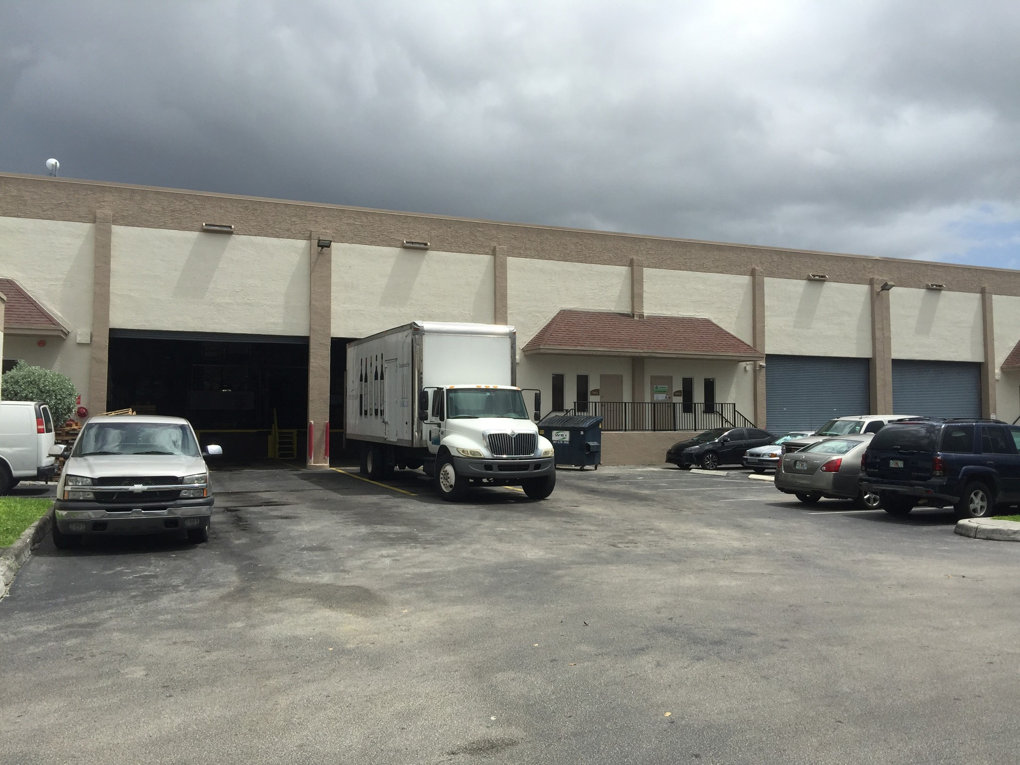 Lee & Associates South Florida's Michael Avendano Represents Tenant in 16,200 SF Lease at PS Business Parks MICC in Doral